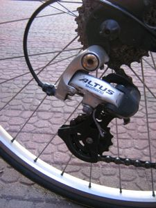 で、そのワイヤーはこんなふう ... : ホームセンター コーナン 自転車修理 : 自転車の